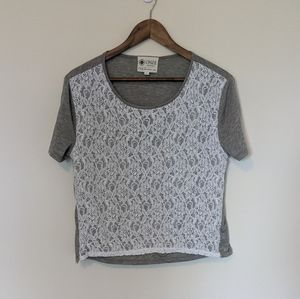 Onze Montreal grey lace front tee shirt size L